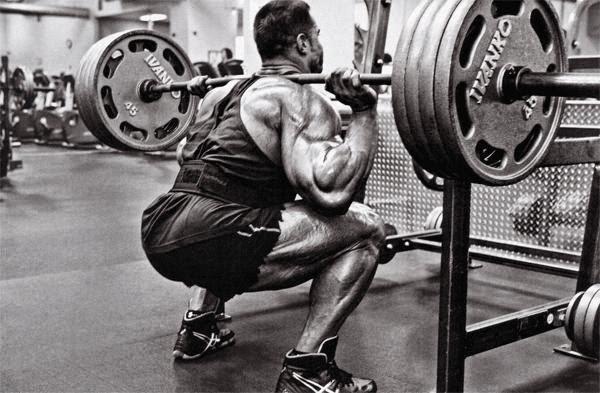 ejercicios compuestos ganar masa muscular